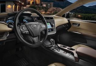 2016 Toyota Avalon cabin