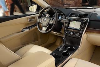 2016 Toyota Camry interior