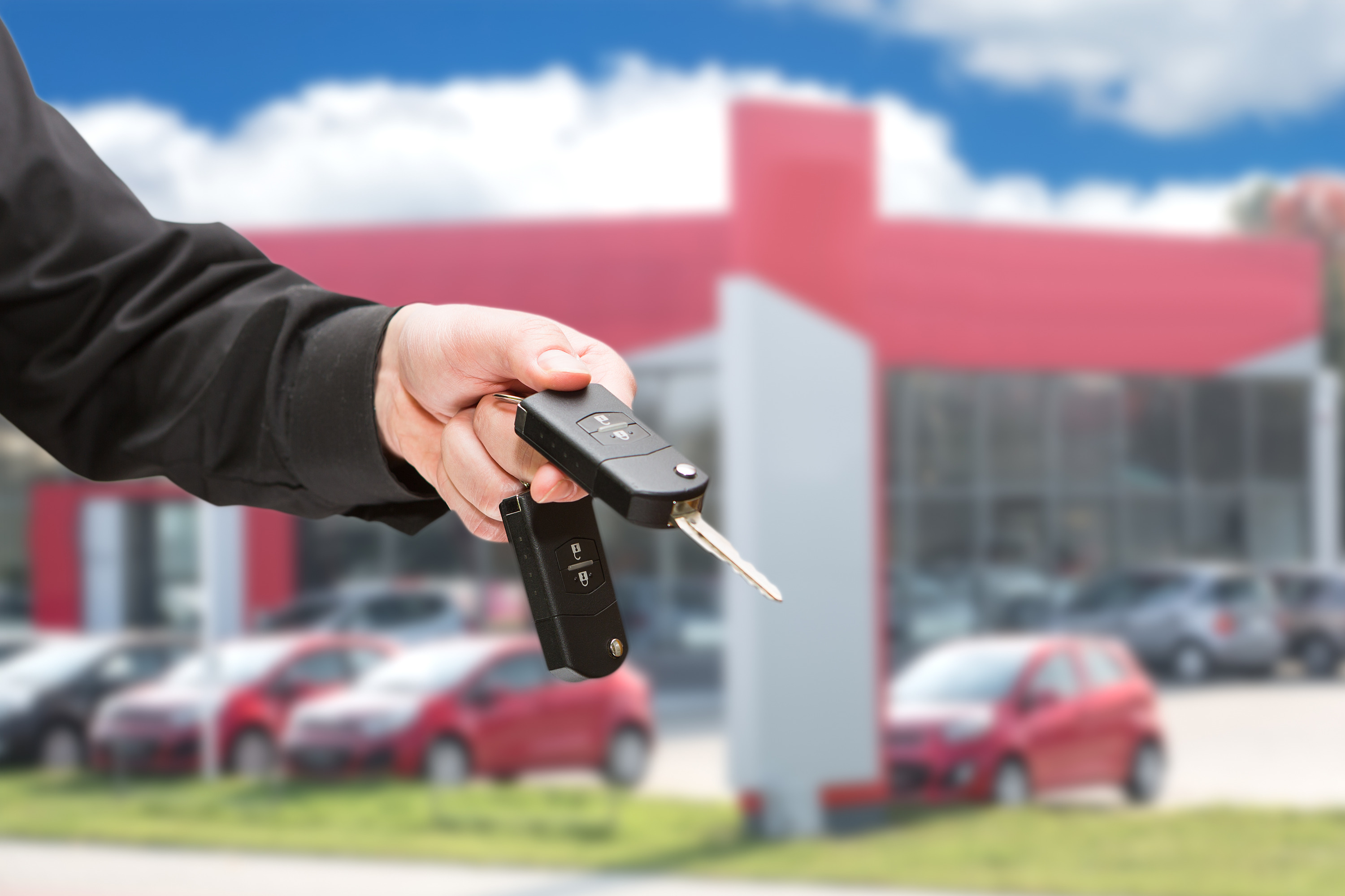 Qualify for Auto Loans after College in Tacoma at S&S Best Auto Sales