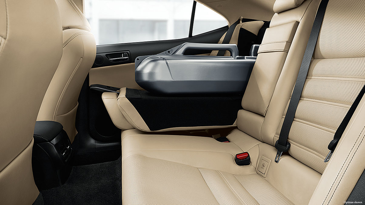The Spacious Backseat of the 2017 IS 300 Will Please All Passengers!