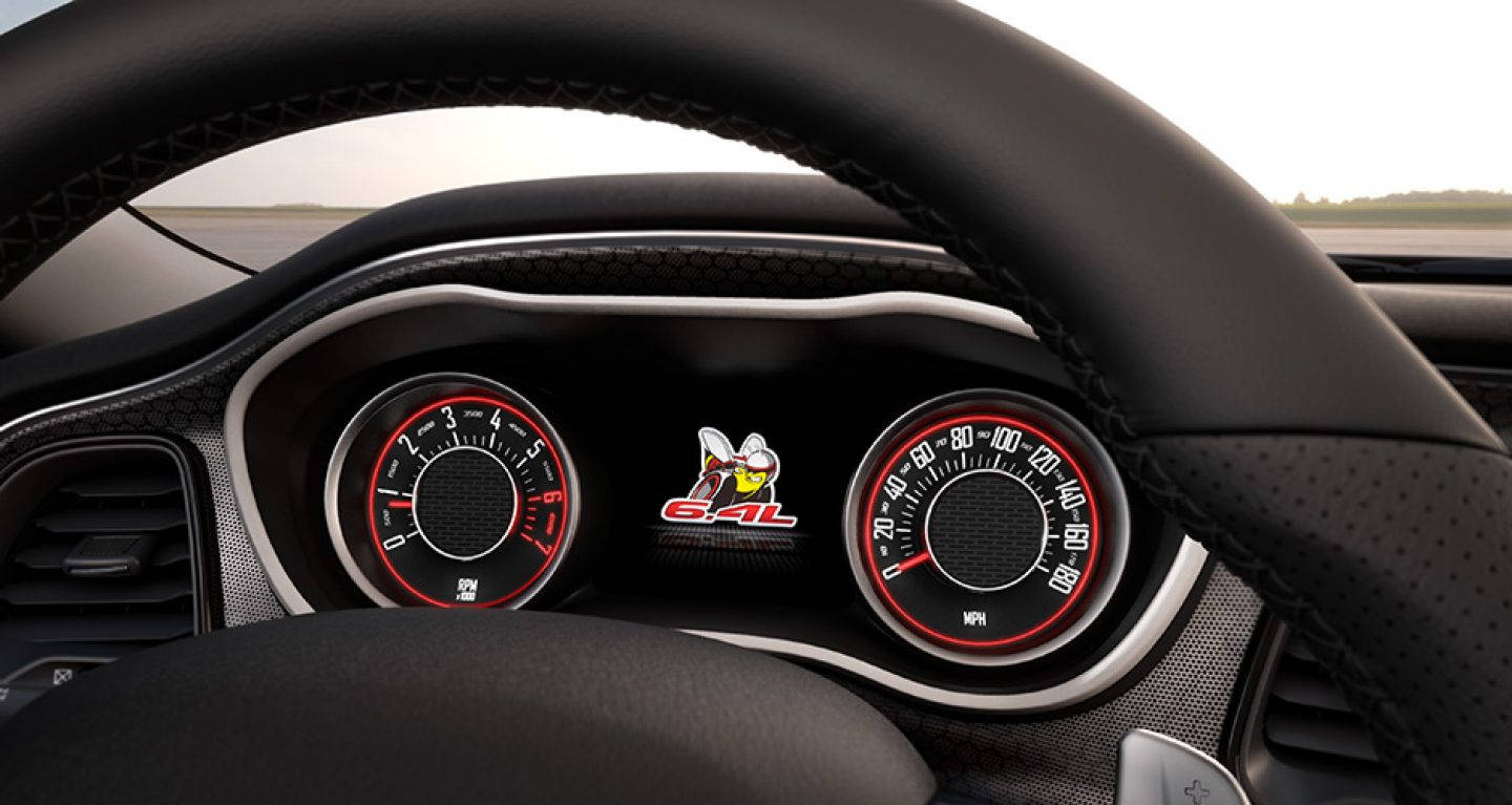 The Dash of the 2017 Challenger Hellcat