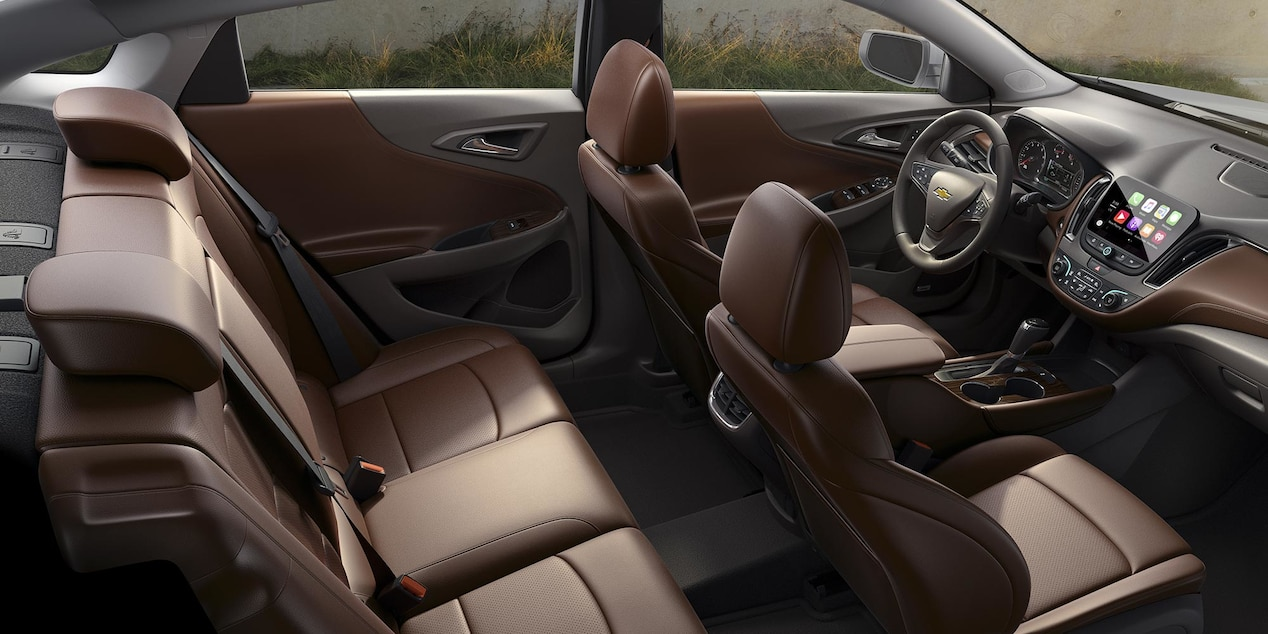 Ample space throughout the cabin of the 2017 malibu