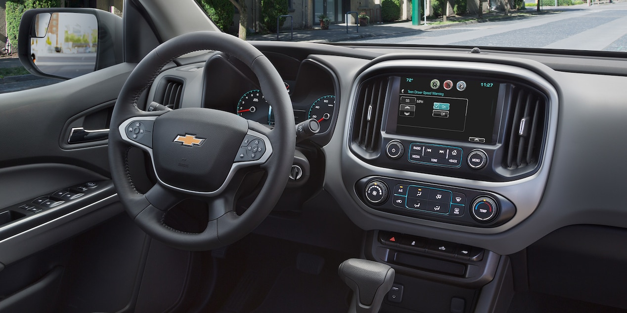 2017 Chevy Colorado Interior with Optional Features
