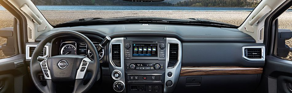 2017 Nissan Titan SL Interior shown in Black Leather