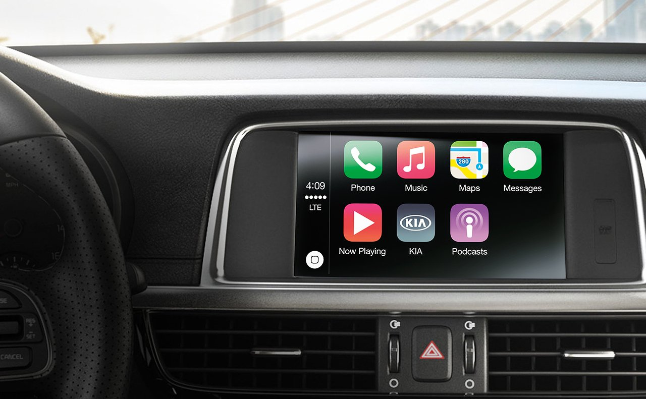 Optima with Available Apple CarPlay™