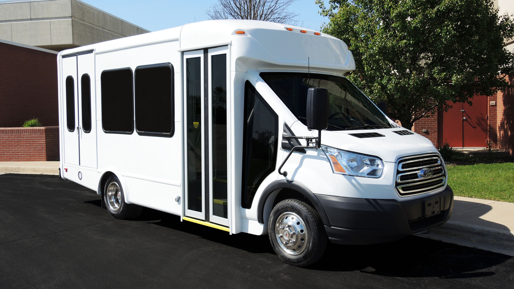 Senior Living and Retirement Community Buses for Sale in Michigan ...